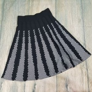 WANKO black white knitted midi skirt